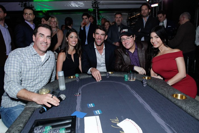 Michael-Phelps-and-wife,-Mayra-Veronica,-Jamie-Gold,-Rob-Riggle-