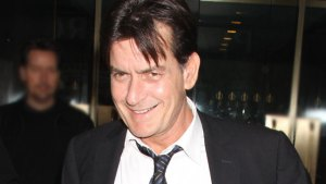 Charlie Sheen: HIV-Positive Actor Still A Hit With The Ladies thumbnail