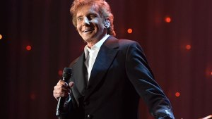 barry manilow heart attack comeback