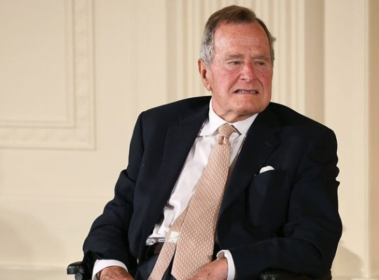 George H.W. Bush Secretly Hospitalized With Pneumonia thumbnail