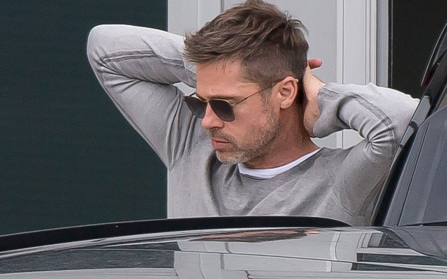 brad pitt single body odor