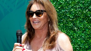 Caitlyn Jenner Loves Her 'Womanly' Cellulite thumbnail