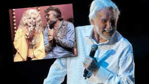 Struggling Kenny Rogers Joined By Dolly For Swan Song thumbnail