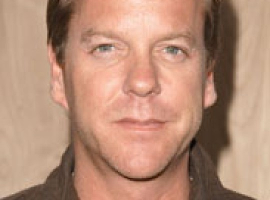 KIEFER SUTHERLAND ARRESTED! thumbnail