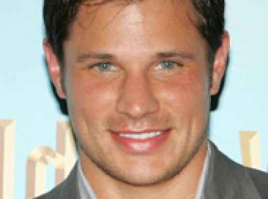 NICK LACHEY HEADING BACK TO TV thumbnail