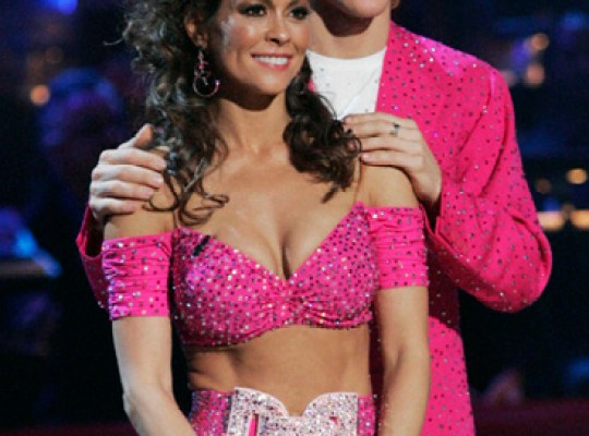 BROOKE BURKE'S BIG DWTS WIN thumbnail