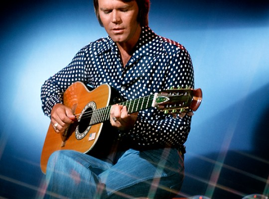 GLEN CAMPBELL FAMILY WAR thumbnail