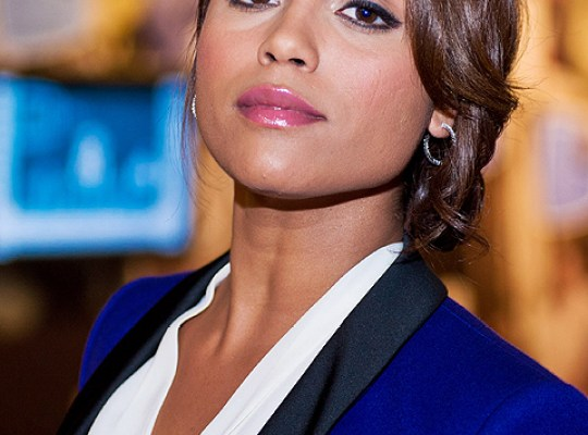 'Chicago Fire' Monica Raymund: I'm Bisexual thumbnail