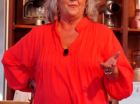 CHUNK SLATHERED! PAULA DEEN NO TO OPRAH! thumbnail