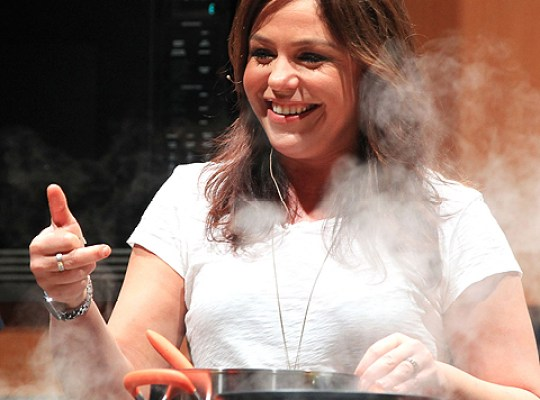 RACHAEL RAY CAN'T STOP FISHING FOR NEW RECIPES! thumbnail