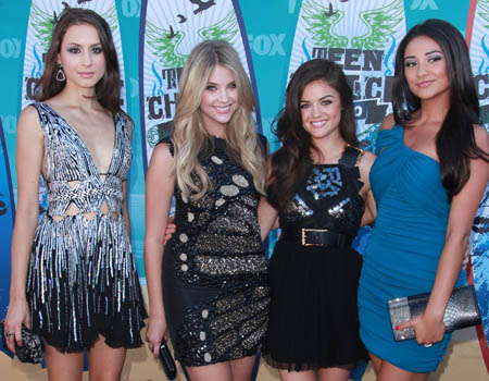 <i>Pretty Little Liars</i> stars Troian Bellisario, Ashley Benson, Lucy Hale and Shay Mitchell