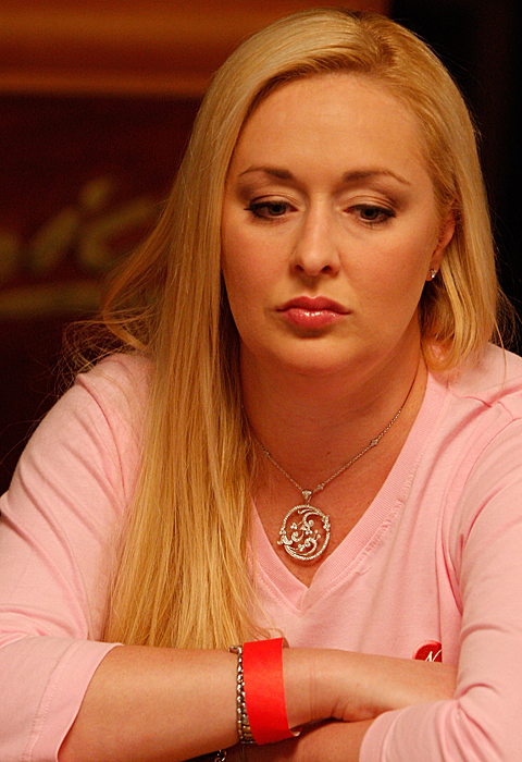 MINDY MCCREADY, 1975 – 2013, gun shot suicide,