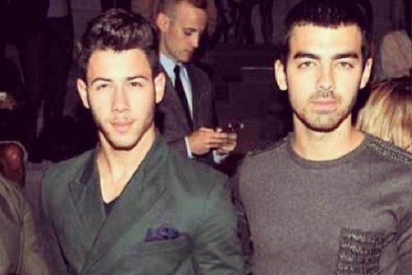 Nick & Joe Jonas