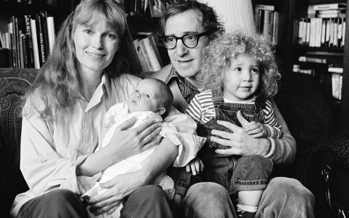 Mia Farrow, Woody Allen & Family
