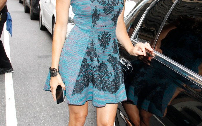 New 'Real Housewives of New Jersey' cast member Amber Marchese spotted in midtown Manhattan looking beautiful in blue