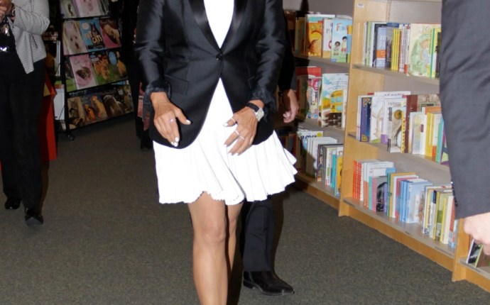 Kris Jenner seen at her book signing at Barnes & Noble in Hollywood