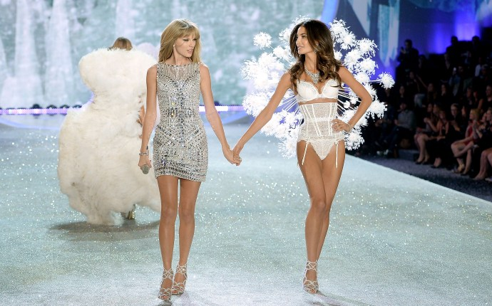 2013 Victoria's Secret Fashion Show   Show
