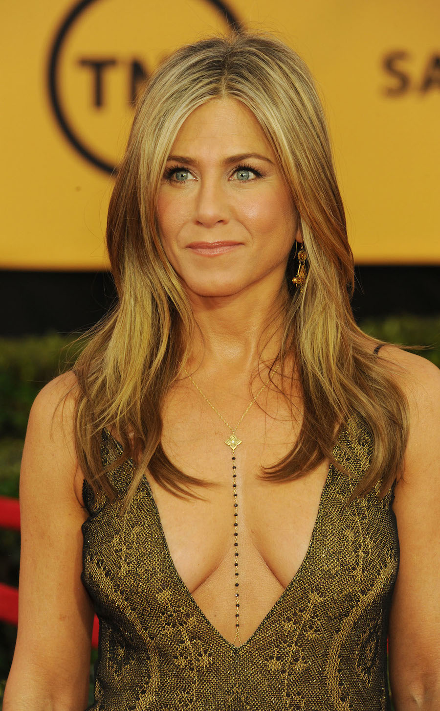 Jennifer Aniston in Gold at the SAGs
