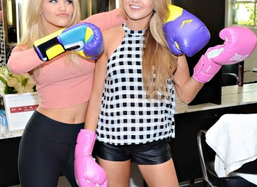 Dancing With the Stars Witney Carson and Lindsay Arnold complete in a Battle of the Blondes with the new Matrix SOCOLOR BLONDES (3)