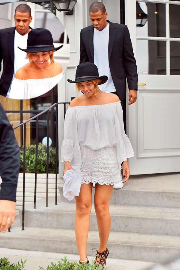 EXCLUSIVE: Beyonce Knowles and Jay Z all smiles after lun at vegan restaurant Gracias Madre in WestHollywood,CA.