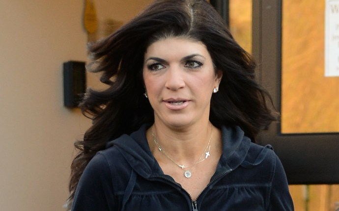 EXCLUSIVE: INF   Exclusive   Teresa Giudice steps out for her cookbook signing