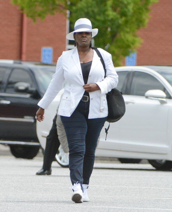 INF - Leolah Brown Kicked Out of Bobbi Kristina Brown's Funeral