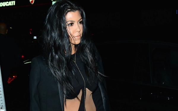 INF   Kourtney Kardashian & Caitlyn Jenner Arrive At Kylie Jenner's 18th Birthday Party