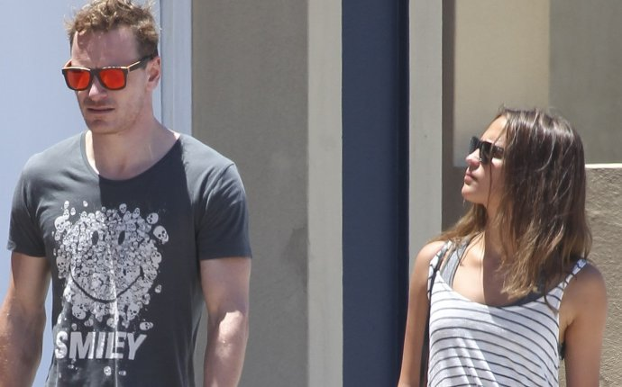 EXCLUSIVE: INF   Michael Fassbender & Alicia Vikander Lunch in Bondi