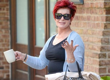 INF   Sharon Osbourne Takes A Coffee Mug To Go