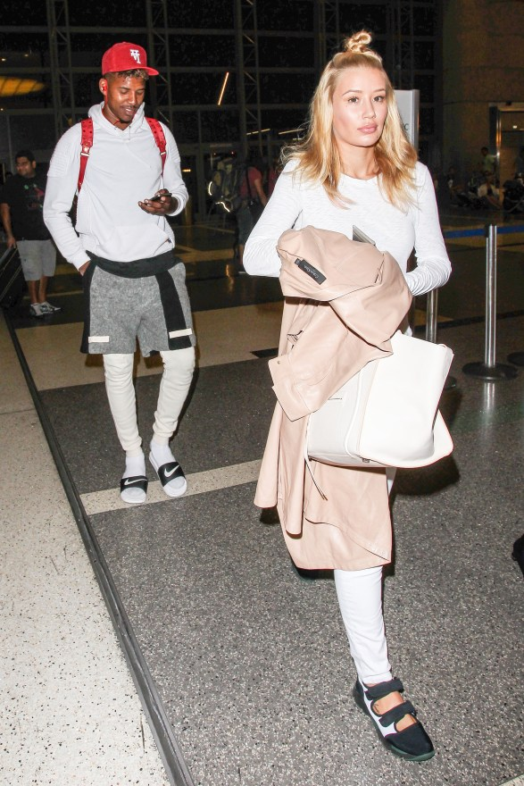 INF - Iggy Azalea & Boyfriend Nick Young Share a Laugh at LAX