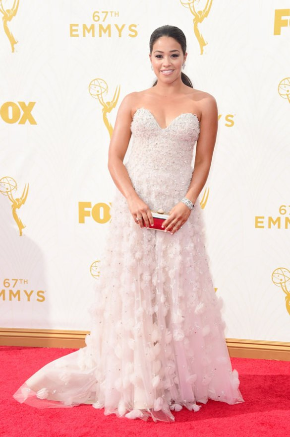 Gina-Rodriguez-in-Forevermark-Diamonds-at-67th-Primetime-Emmy-Awards