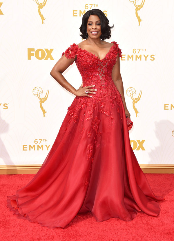 Niecy-Nash-in-Simon-G.-Jewelry-at-67th-Primetime-Emmy-Awards