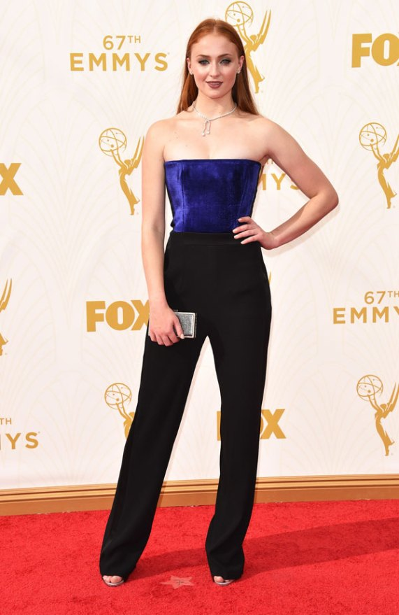 Sophie-Turner-in-Forevermark-Diamonds-at-67th-Primetime-Emmy-Awards