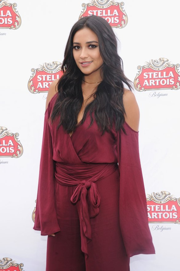 Stella-Artois-Host-Beautifully---Shay-Mitchell---9.21-(1)