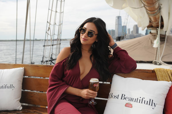 Stella-Artois-Host-Beautifully---Shay-Mitchell---9.21-(5)