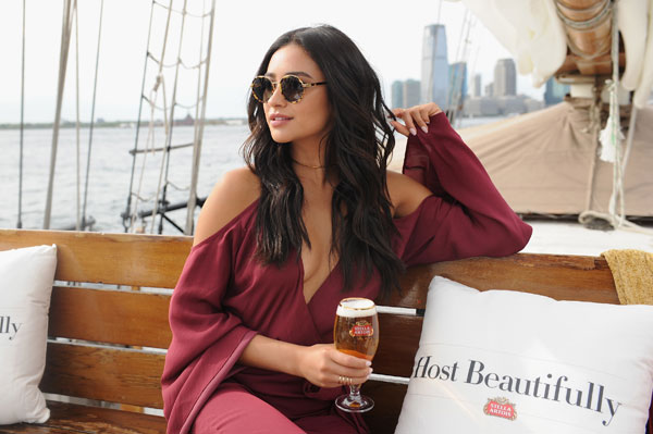 Stella-Artois-Host-Beautifully---Shay-Mitchell---9.21-(6)