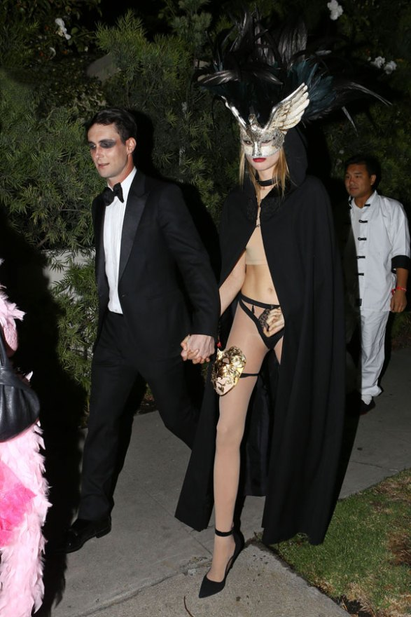 celebrity-halloween-costumes-adam-levine