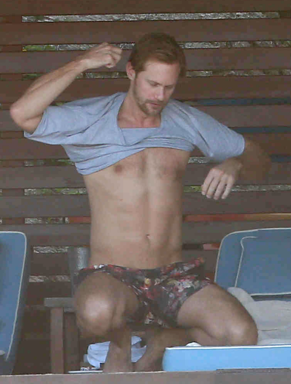 Exclusive... Alexander Skarsgard Lays Out On The Beach In Mexico