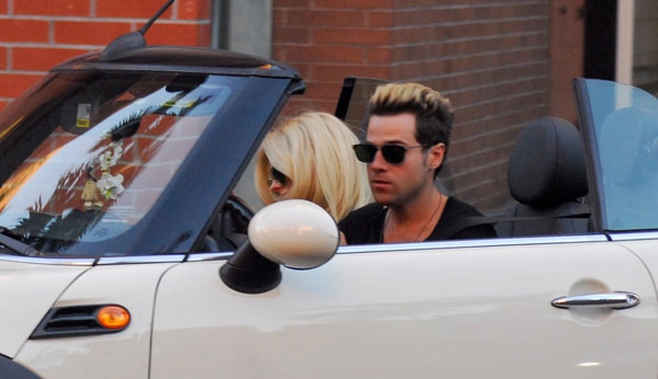Avril lavigne ryan cabrera dating together 09