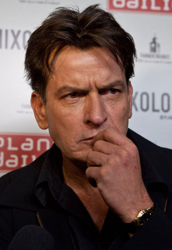 charlie-sheen-hiv-positive-actor-had-sex-last-week-without-disclosing-status-partner-03