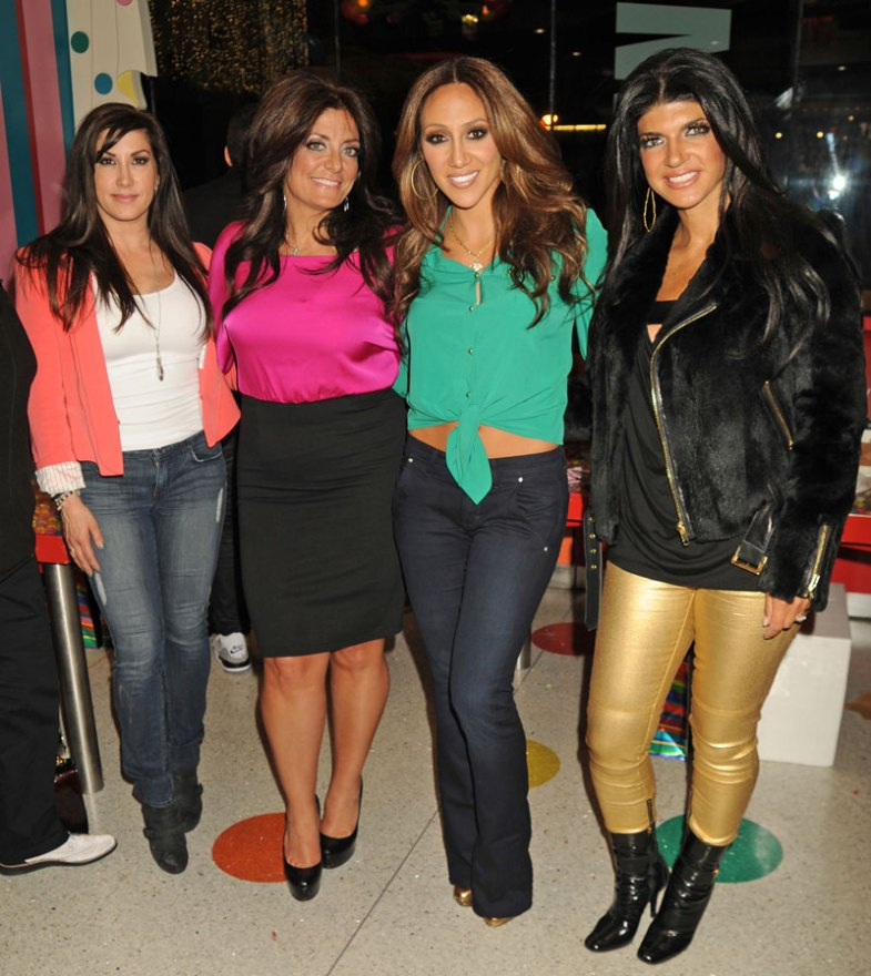 real-housewives-of-new-jersey-season-seven-no-contracts-08