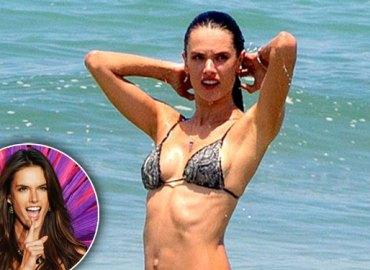 alessandra ambrosio bikini topless beach photos