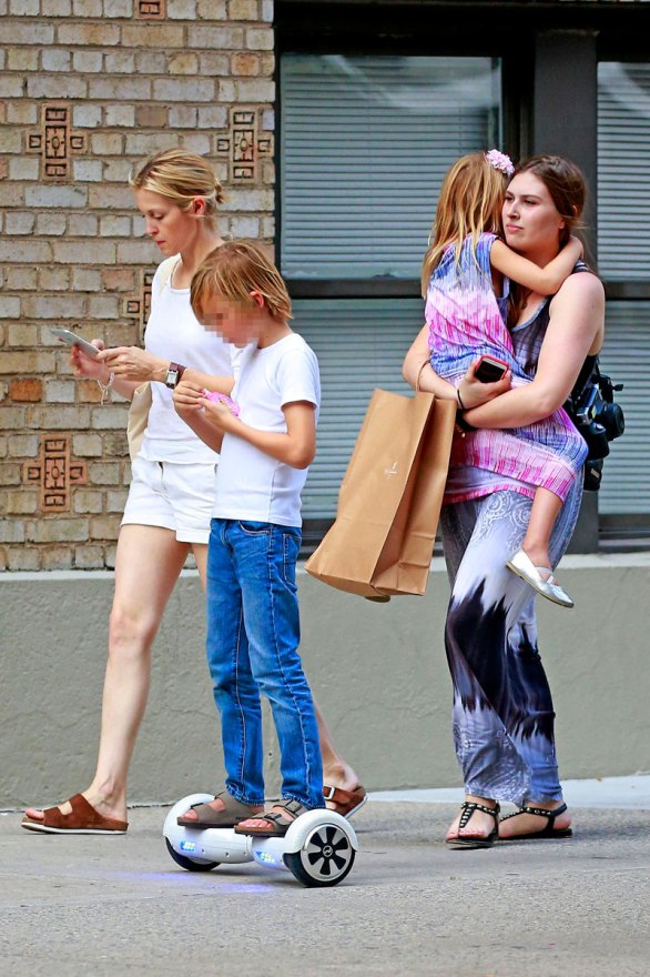 kelly-rutherford-loses-custody-kids-judge-fears-abduction-04