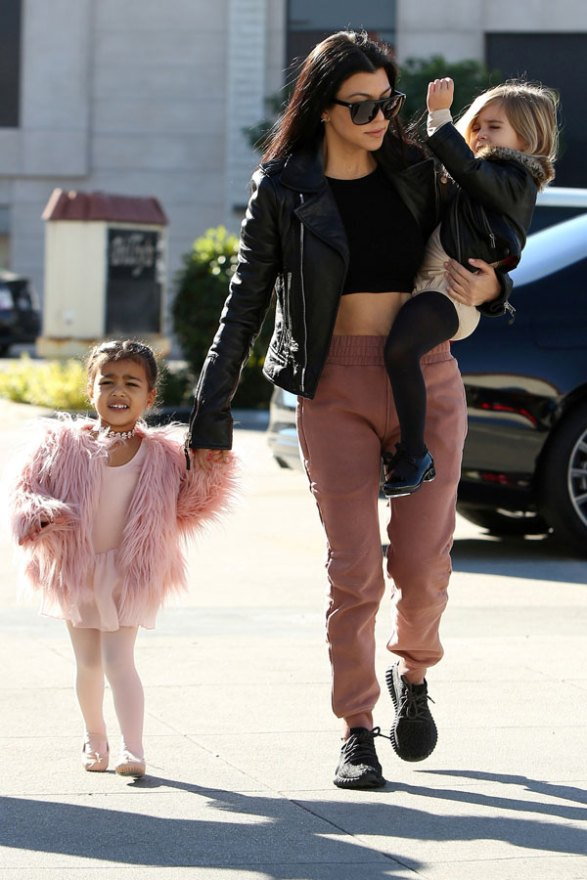 kourtney-kardashian-north-west-penelope-disick-ballet-class-pictures-02