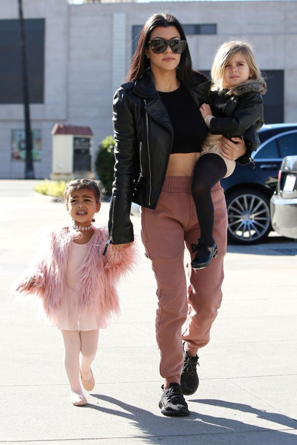 kourtney-kardashian-north-west-penelope-disick-ballet-class-pictures-06