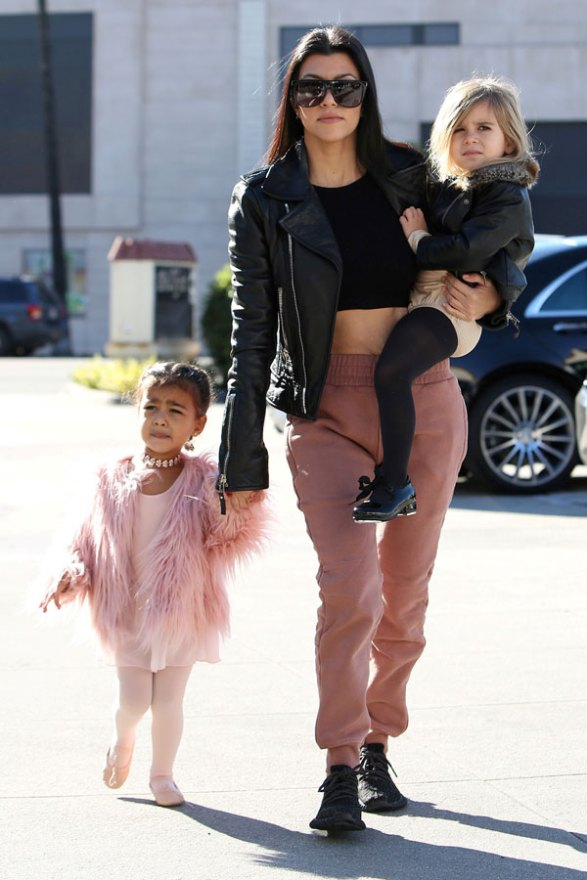 kourtney-kardashian-north-west-penelope-disick-ballet-class-pictures-08