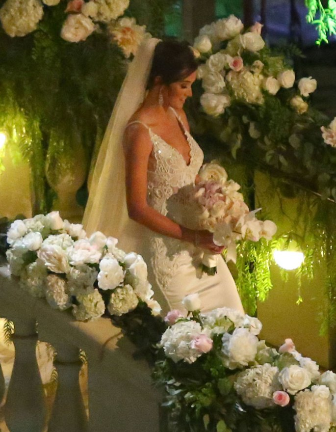 bachelor-contestant-jade-roper-marries-tanner-tolbertbachelor-contestant-jade-roper-marries-tanner-tolbertbachelor-contestant-jade-roper-marries-tanner-tolbert-08