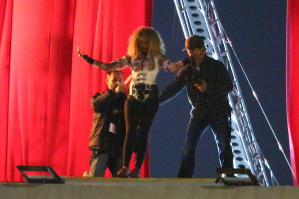 beyonce-pregnant-music-video-shoot-source-claims-03