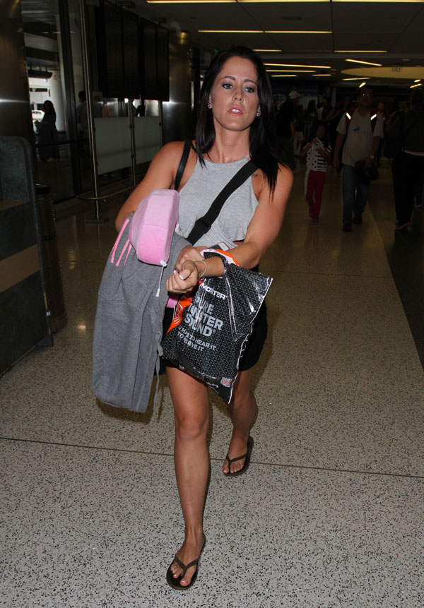 jenelle-evans-hospitalized-arrest-plastic-surgery-04