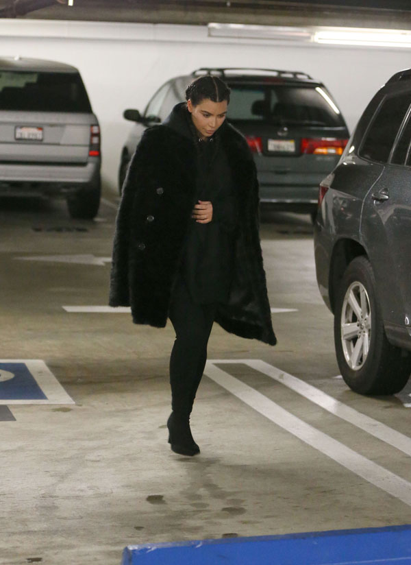 kim-kardashian-post-birth-saint-west-first-photos-7